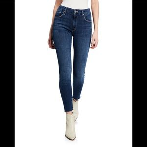 🌺MOTHER THE ankle LOOKER Fray Jeans
